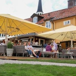 Uteservering på Gripsholms Värdshus