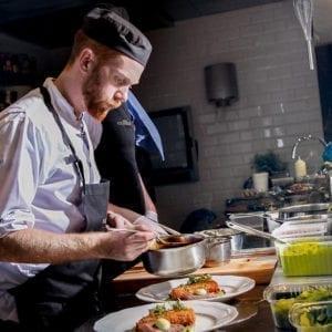 Nordisk matkonst i Södertuna Slotts restaurang